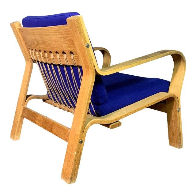Hans J. Wegner Ge671 Oak & Flag Halyard Lounge Chair, Getama For Sale