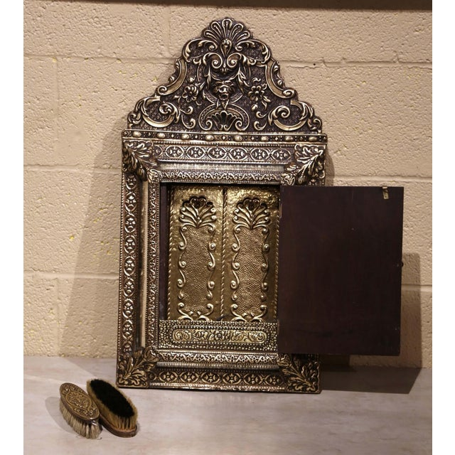 French 19th Century French Napoleon III Repousse Brass Wall Mirror With Inside Brushes For Sale - Image 3 of 8