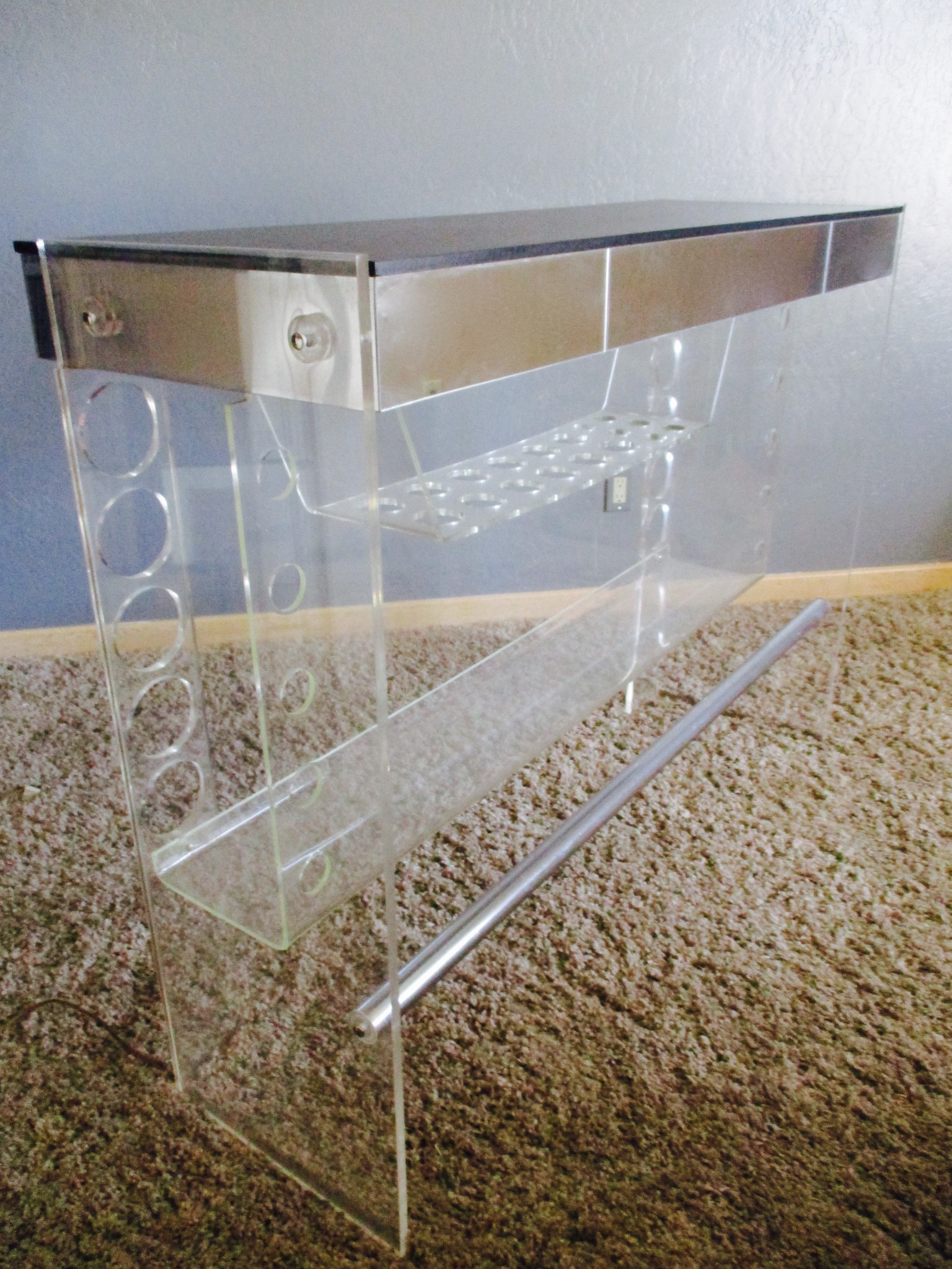 Lucite Hollywood Regency Lighted Bar Table   Image 5 Of 8