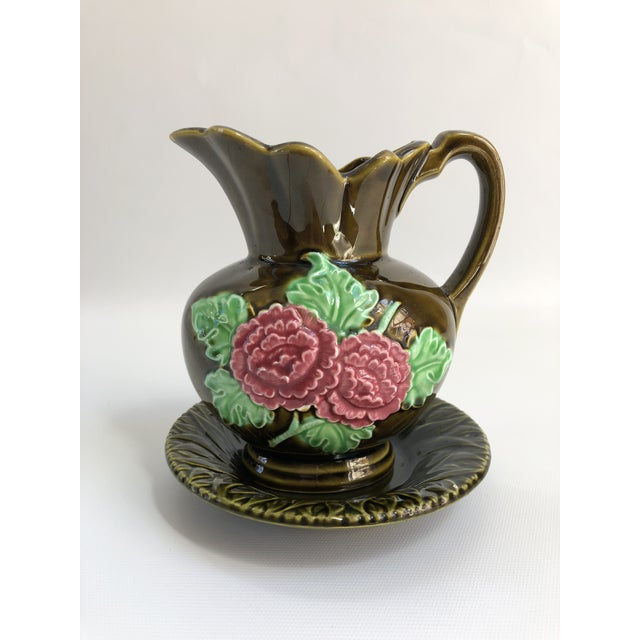 Green Majolica Gravy Boat & Saucer For Sale - Image 8 of 8