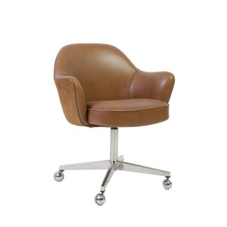 Saarinen Executive Arm Chair in Saddle Leather & Suede, Swivel Base For Sale