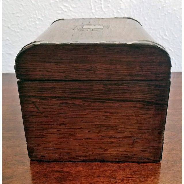 REALLY NICE early 19th Century Irish single Tea Caddy. Made of mahogany circa 1810. The Lid has a quintessentially Irish...