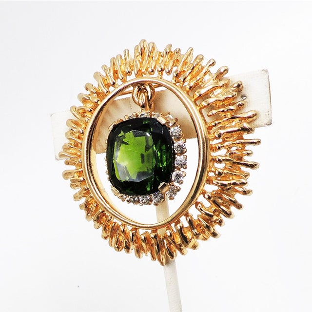 Panetta Faux-Emerald Drop Brooch For Sale - Image 4 of 8