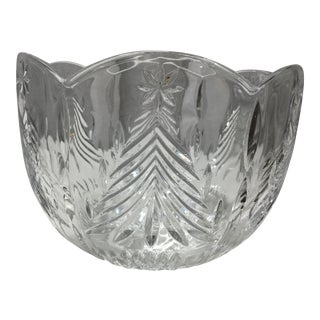 Mid 20th Century Christmas Trees Lead Crystal Serving Bowl For Sale