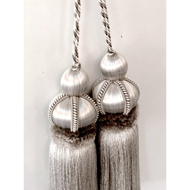"""Pair of Silver Key Tassels With Cut Ruche - 5.75"""" For Sale - Image 10 of 11"""