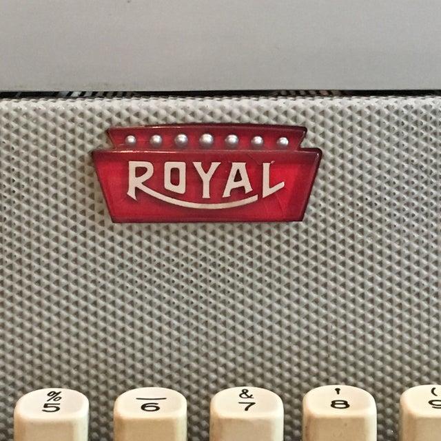 1960s Royal Typewriter Magic Margin - Image 4 of 11