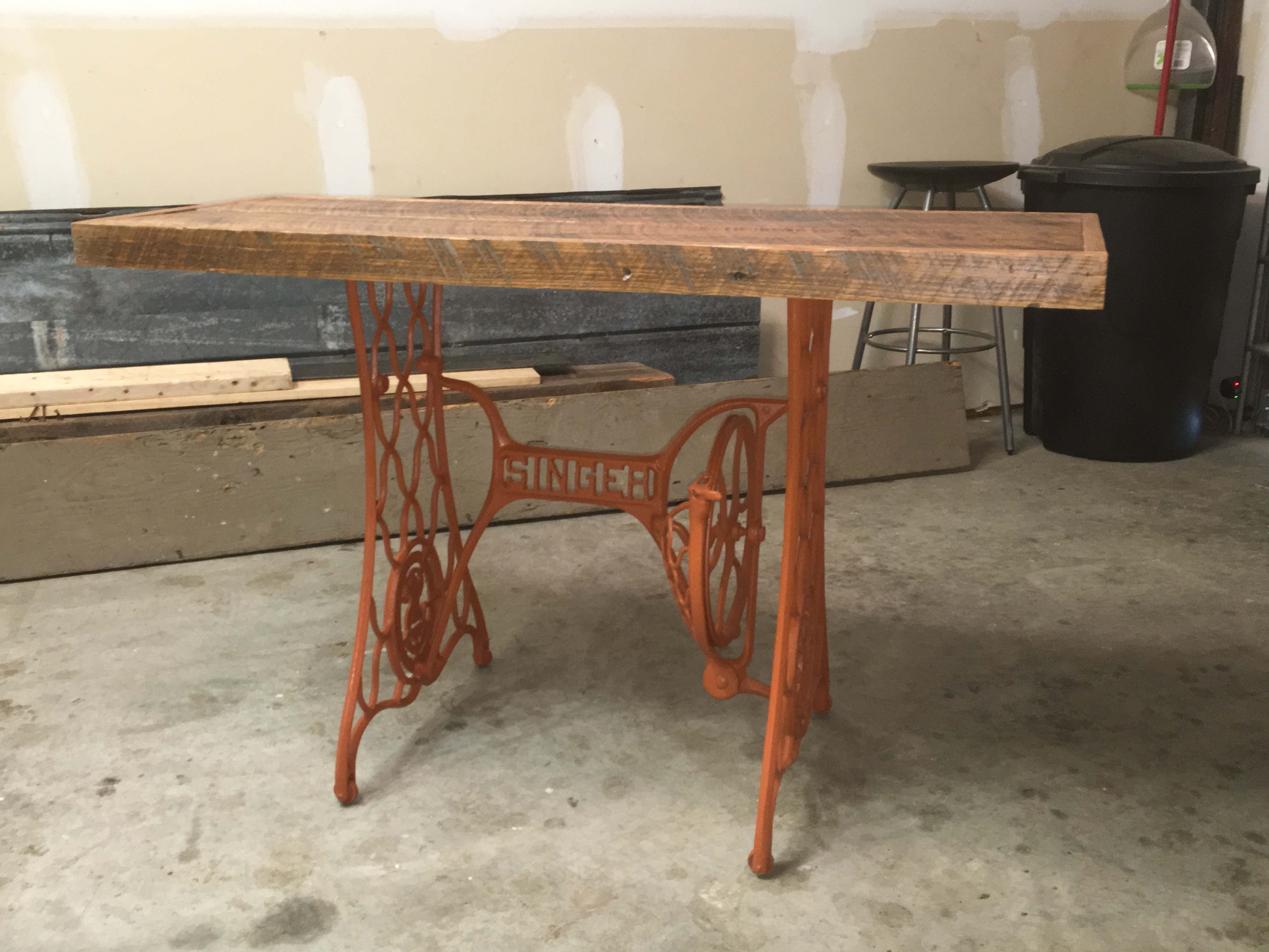 Singer Sewing Machine Console Table   Image 2 Of 5