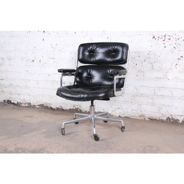 Charles Eames for Herman Miller Time Life Executive Chair For Sale - Image 9 of 9