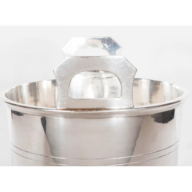 English Art Deco Silver-Plate Ice Bucket with Handles For Sale - Image 4 of 8
