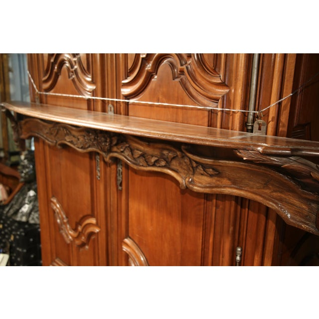 Brown 19th Century French Carved Walnut Hanging Decorative Shelf From Normandy For Sale - Image 8 of 8