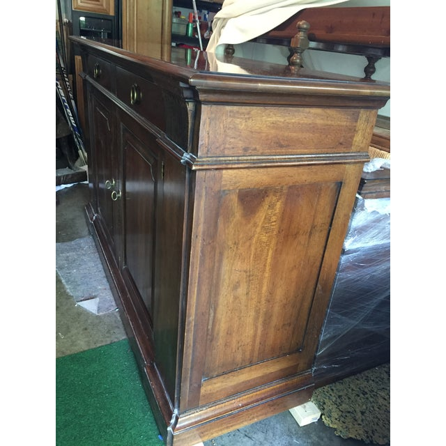Henredon Walnut Buffet ,Console or Cabinet For Sale In Chicago - Image 6 of 10