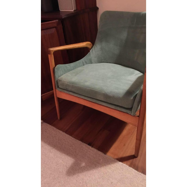 Mid-Century Modern 'Seal' Lounge Chair by Ib Kofod-Larsen For Sale - Image 10 of 11