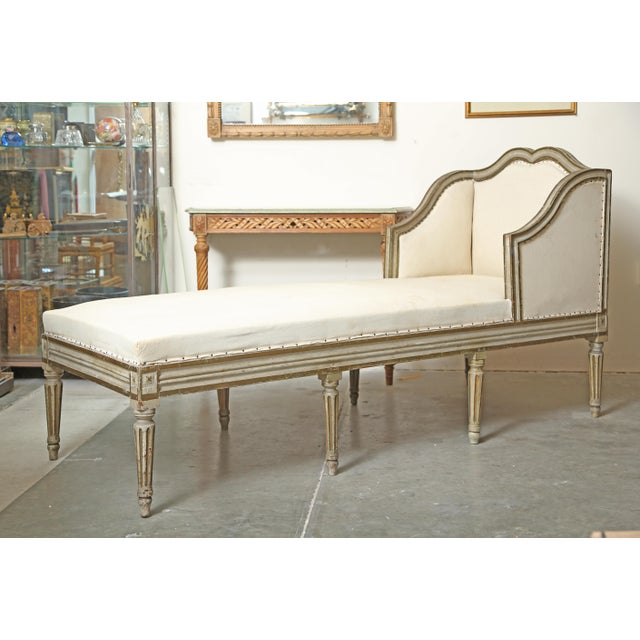 White Louis XVI Chaise in Original Paint For Sale - Image 8 of 9