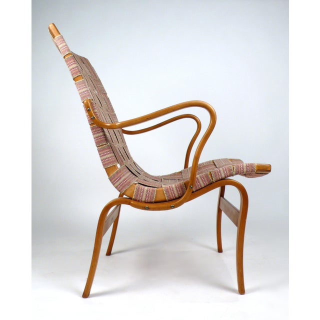 Early bent beechwood Eva easy chair designed by Bruno Mathsson. This is an early edition produced by Firma Karl Mathsson...