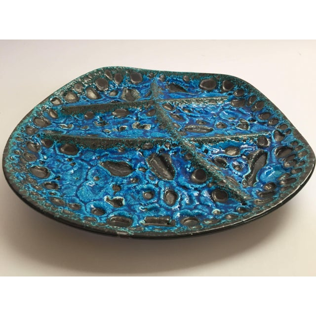Folk Art Vintage French Set of Three Glazed Painted Stoneware Plates in Blue Lava, 1970s For Sale - Image 3 of 11