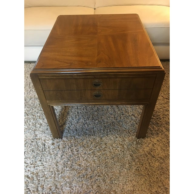 1970's vintage Drexel side end table nice solid wood nice mid century modern look.