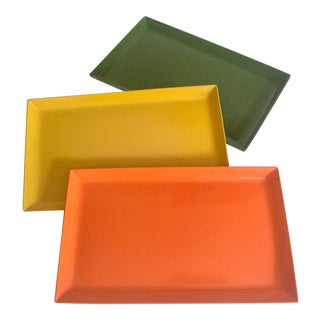 Vintage Mid Century Modern Japan Multicolor Rectangle Lacquer Trays - Set of 3 For Sale