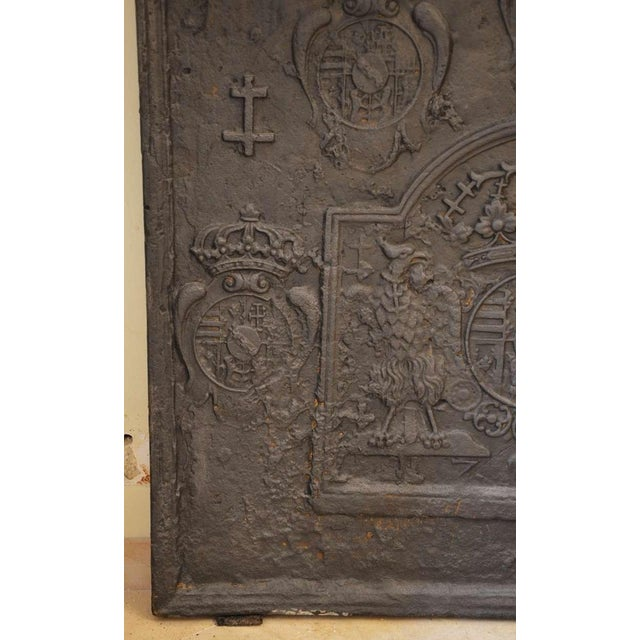 French 18th C. Large Fireback - Coat of Arms Lorraine from 1704 For Sale - Image 3 of 11
