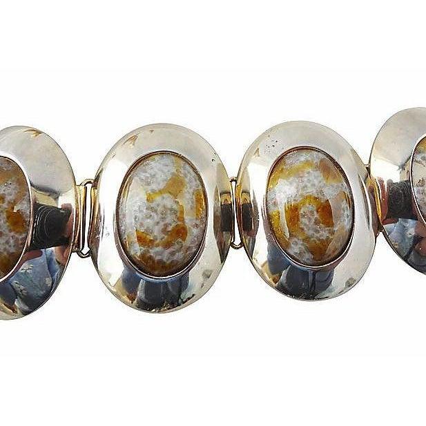 Mid-Century Modern 1960s Napier Faux-Agate Cabochon Bracelet For Sale - Image 3 of 7