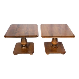 Ethan Allen Heirloom Nutmeg 20″ Square Bunching Tables - a Pair For Sale