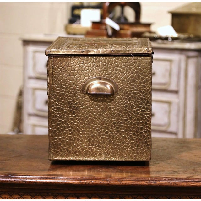 19th Century French Repousse Brass and Wood Box With Sailboat Decor For Sale - Image 4 of 10