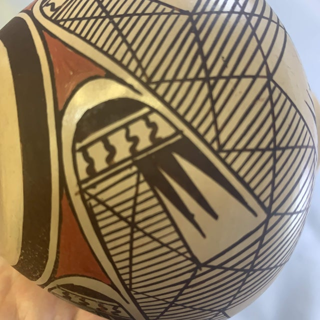 Southwest Clinton Polacca Hopi Polychrome Seed Jar With Migration Pattern For Sale - Image 10 of 13