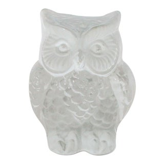 Vintage Glass Owl Paper Weight by Viking For Sale