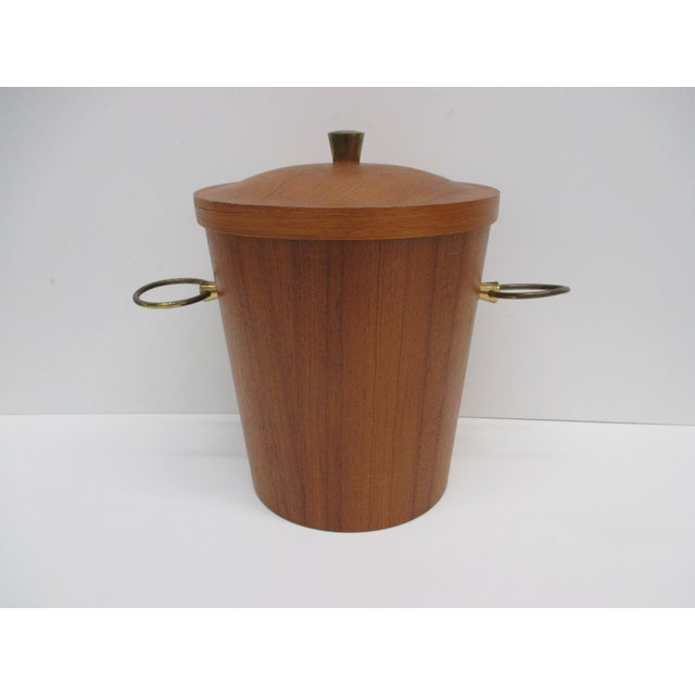 Mid-Century Modern Vintage Mid-Century Modern Ice Bucket With Ears as Handles For Sale - Image 3 of 6