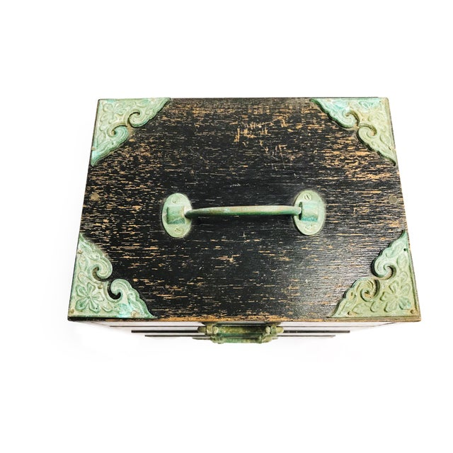 Asian Vintage Mid Century Black Wood & Copper Traveling Jewelry Box For Sale - Image 3 of 5