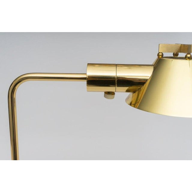 1980s Polished Brass Adjustable Floor Lamp by Casella Lighting 1980s For Sale - Image 5 of 11