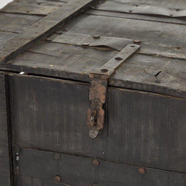 Industrial Painted Chest From Belgium Army For Sale - Image 3 of 6