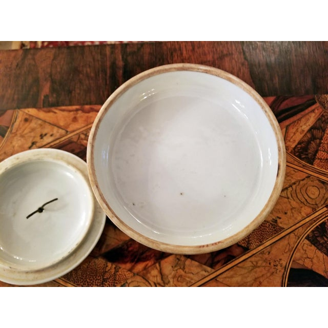 19th Century Tongzhi Dynasty Stackable Bowls With Lid - 4 Pc. For Sale - Image 10 of 13