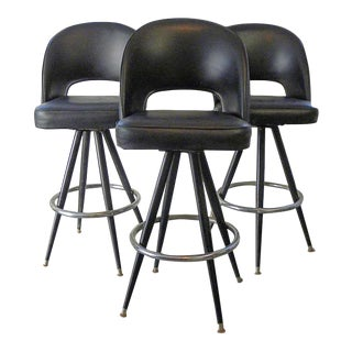 Vintage Mid Century Bar Stools- Set of 3 For Sale