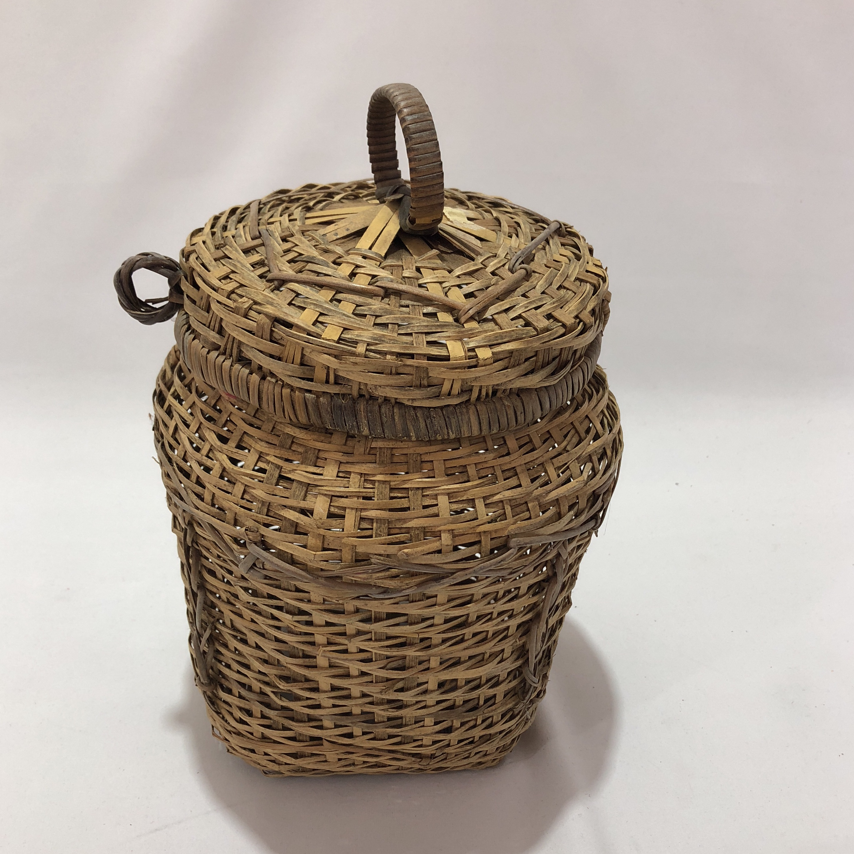 Antique African Basket With Attached Lid - Image 4 of 8 & Antique African Basket With Attached Lid | Chairish
