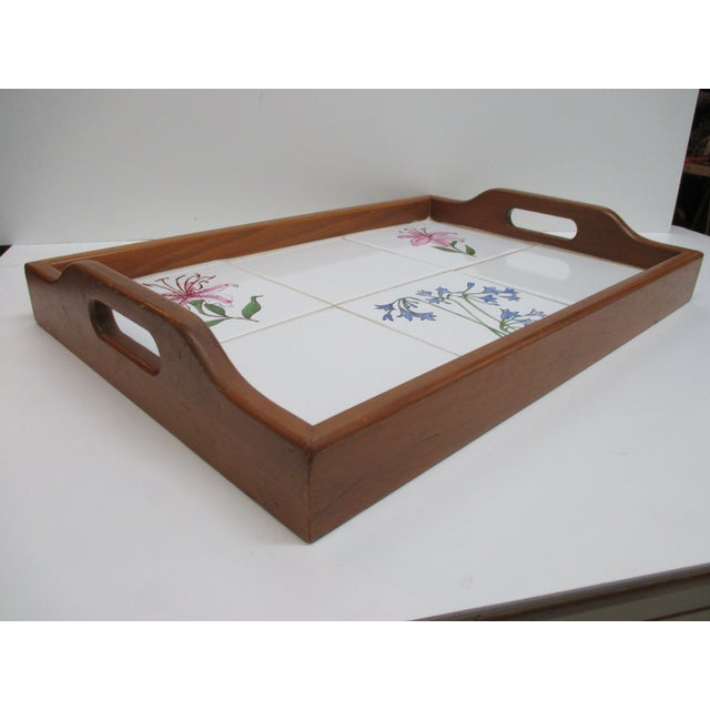 Late 20th Century Vintage Country Breakfast Serving Tray in Wood and Hand Painted Ceramic Tiles For Sale - Image 5 of 7