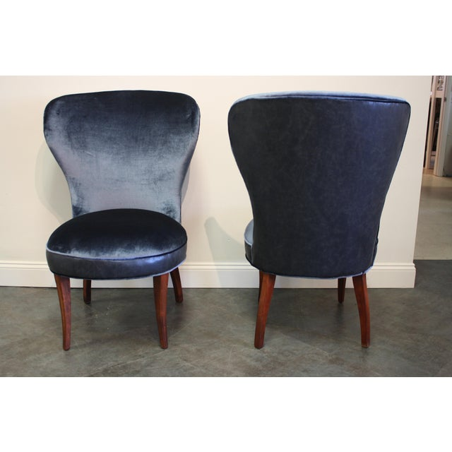 Mid-20th Century Art Deco Midnight Blue Velvet Slipper Chairs - a Pair - Image 2 of 9
