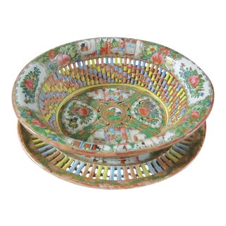 Chinese Rose Medallion Reticulated Porcelain Chestnut Basket With Underplate For Sale