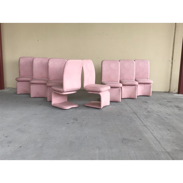 Hollywood Regency 1990s Vintage Milo Baughman for Carsons Pink Upholstered Rolling Swivel Dining Chairs- Set of 8 For Sale - Image 3 of 10