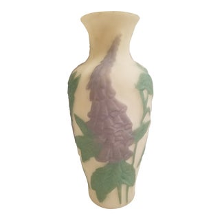 Consolidated Phoenix Glass Purple Foxgloves on White Background Vase For Sale