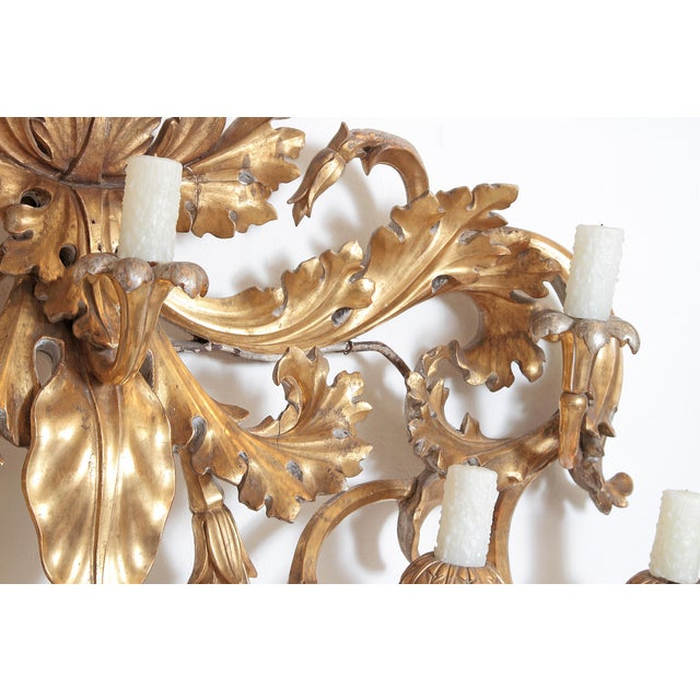 Oversized Italian Baroque-Style 7-Arm Gilt and Silvered Wood Wall Sconce For Sale - Image 9 of 13