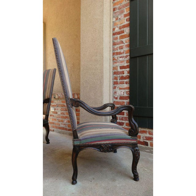 Wood Antique Louis XV French Carved Walnut Dining Arm Chair For Sale - Image 7 of 11