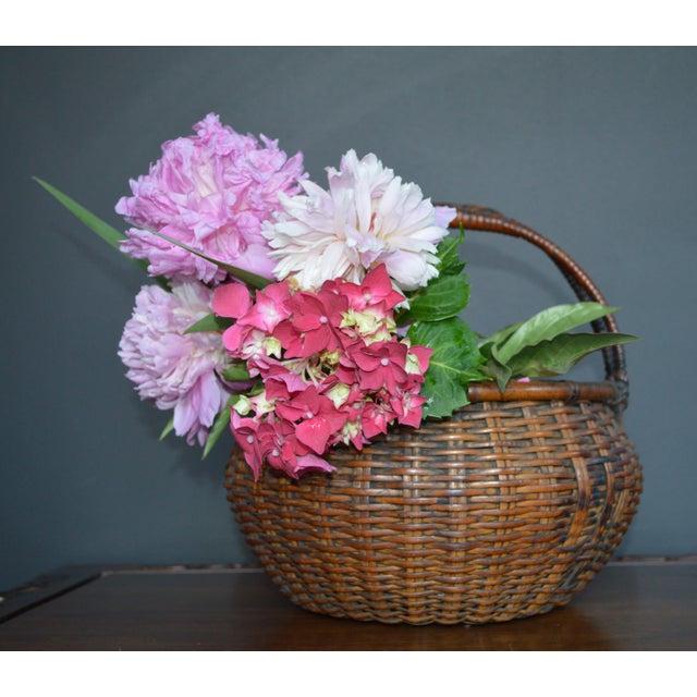 Japanese Bamboo Basket Ikebana Flower Antique Vase Flower Sumikago For Sale - Image 12 of 13