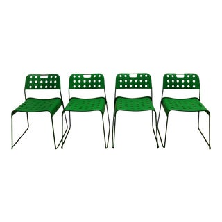 1970s vintage Italian Green Chairs by Redney Kinsman for Bieffeplast - Set of 4 For Sale