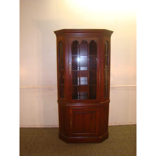 Pennsylvania House Solid Cherry Corner China Cabinet For Sale - Image 10 of 10