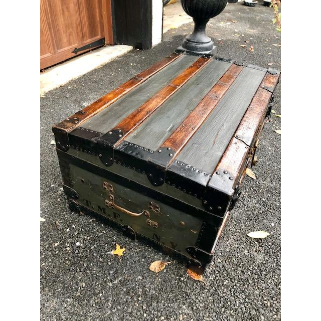 19th Century American Classical Customized Travel Trunk For Sale - Image 4 of 12