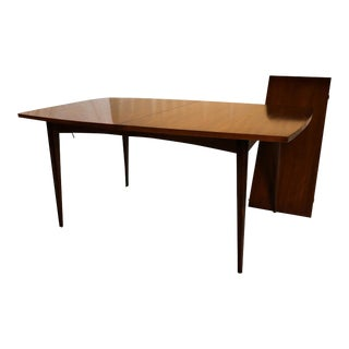 Mid Century Modern American of Martinsville Expandable Dining Table