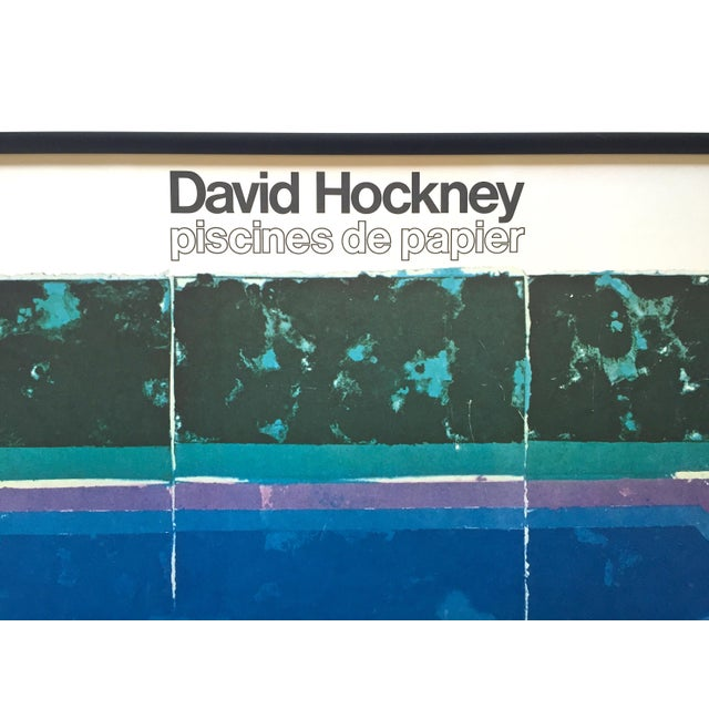 """David Hockney Rare Vintage 1978 Iconic Fine Art Lithograph Print Framed Pop Art Poster """" Day Pool With Three Blues """" For Sale - Image 9 of 13"""