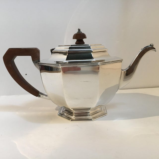 Beautiful Sterling Silver Tea Pot by Mappin & Webb. This piece came to us from a local estate. Hallmarked 1932, Wood...