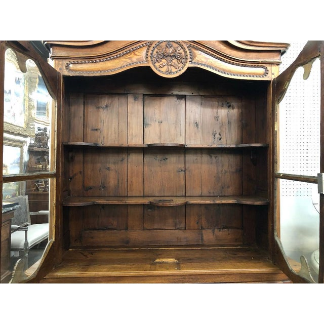 This beautiful Pine buffet features an ornate floral basket and is from the Normandy region of France. It is in excellent...