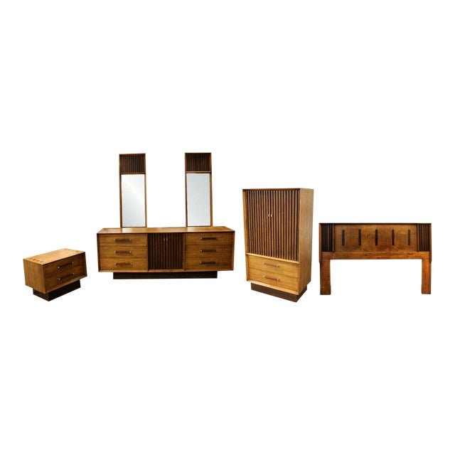 Mid Century Modern Lane Rosewood Bedroom Set Dresser Headboard Cabinet - Set of 6 For Sale